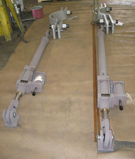 Hydraulic Snubber and 3-Bolt Clamp Assemblies