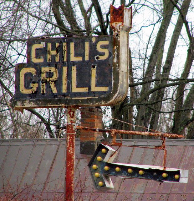 Chili's Grill old sign - Waverly, TN