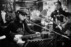 """永井 """"ホトケ"""" live session (gainsbourg × yebisu) Tags: leica bw chicago film rock bar concert trix jazz rangefinder 11 400tx osaka 40mm m6 nokton 4014 keiko argentique hotoke 800iso id11 15min ライカ 20ºc chicagorock 永井 ホトケ"""