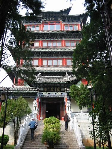 Koud, hoog en droog boven Lijiang