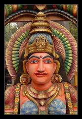 B8020337_622x900 (suchitnanda) Tags: india shopping handicraft village sale indian north statues fair wb buy hindu 2008 suraj mela southasia westbengal haryana kund