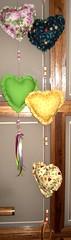 Móbiles Coração. (Cristina Jaeger) Tags: coração tecido móbiles