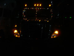 Christmas lights on my Cascadia (aortali1375) Tags: christmas truck lights kllm