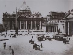 1900 2004 Piazza San Pietro (Roma ieri, Roma oggi di Alvaro de Alvariis) Tags: roma san basilica 1900 di sanpietro basilicadisanpietro spietro piazzaspietro rioneborgo jpjarvis pietropiazzasanpietro
