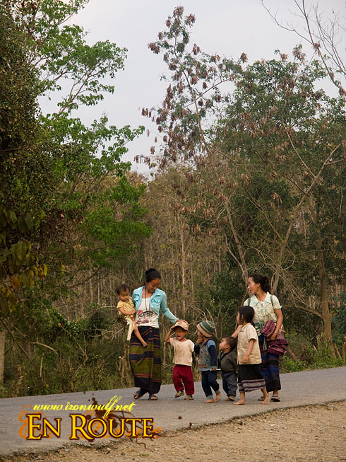 Tat Kuang Si Family on road