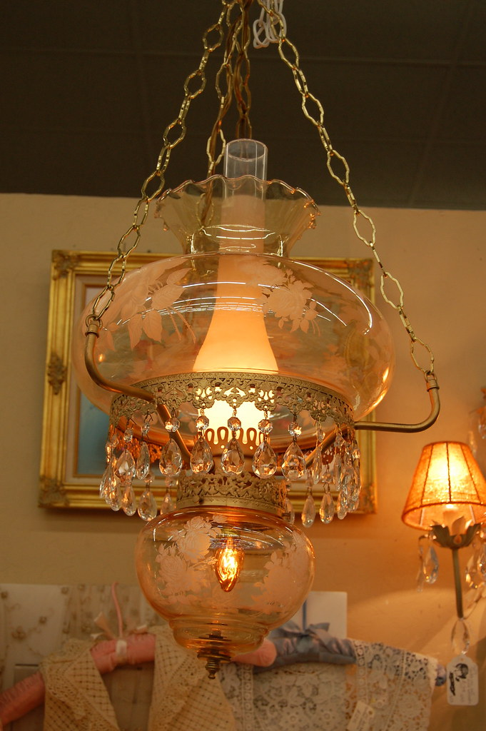 Hanging lamp or chandelier