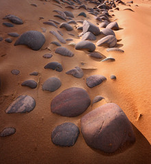 Redpoint beach stones (steverichard) Tags: beach landscape scotland seaside highlands sand rocks stones steve scottish shore richard redpoint gairloch ecosse besidethesea thebeachatredpoint srichardimagescom highlandshores