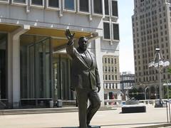 Frank L. Rizzo Statue (YouTuber) Tags: philadelphia statue rizzo