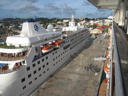 Cruise ships docking