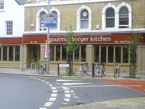 gourmet-burger-kitchen-high-street-road-kingston2.jpg