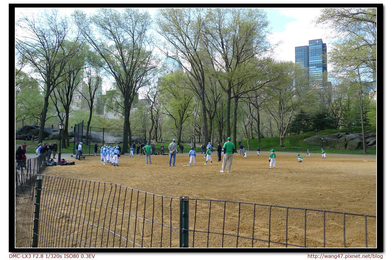 20100410-02中央公園一景