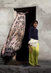 _MG_0773 (marcos soria) Tags: door india smile puerta wind viento sonrisa marcossoria