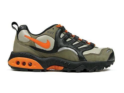 sale retailer 339e0 181cb Nike Air Revaderchi