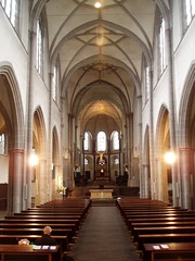 Interior, St Severin (Aidan McRae Thomson) Tags: church kirche cologne romanesque koln stseverin stgeorg