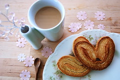palmiers (sevenworlds16) Tags: morning pink flowers coffee cookies breakfast vintage milk tea puff plate pastry palmiers limoges bestmorninglightever