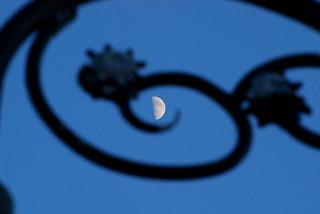 Moon spiral