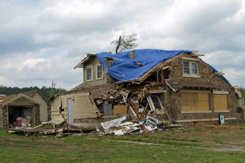 Mena Tornado 2009 40