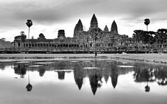 Angkor Wat morning bw