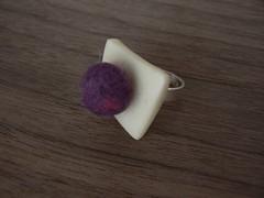 Hueso y fieltro (Marina Baena) Tags: anillos