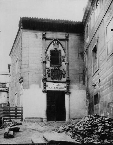 Fachada de la Posada de la Hermandad de Toledo. Fotografía  de Mariano Moreno. The Hispanic Society of America