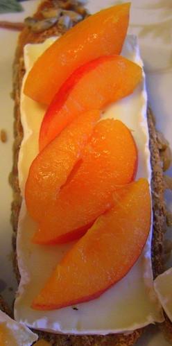 Apricot Sandwiches