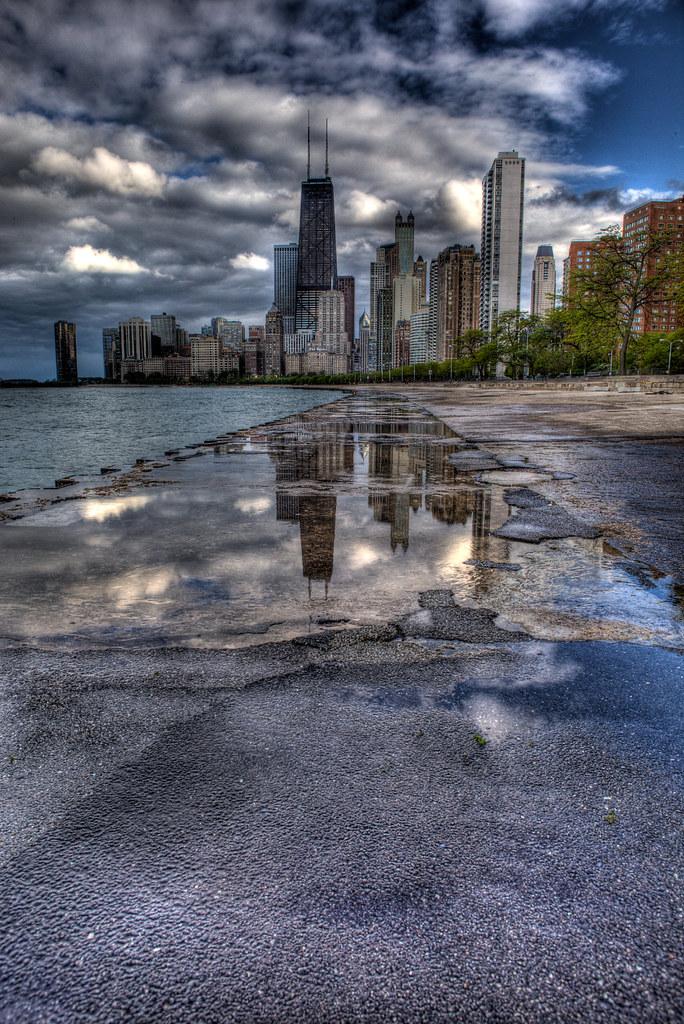 128/365: Reflective City