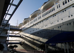 The Queen Mary (Mark Luethi) Tags: hotel ship queenmary titanic oceanliner rmsqueenmary