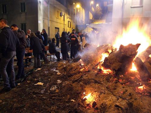 Nuoro: fuoco di S. Antonio