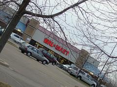 Eden Prairie's Walmart (by: Craig Chen, cxreative commons license)