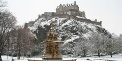 Snow Edinburgh Castle Feb 9TH 2009 (ianharrywebb) Tags: snow edinburgh otw snowedinburgh iansdigitalphotos yahoo:yourpictures=elements