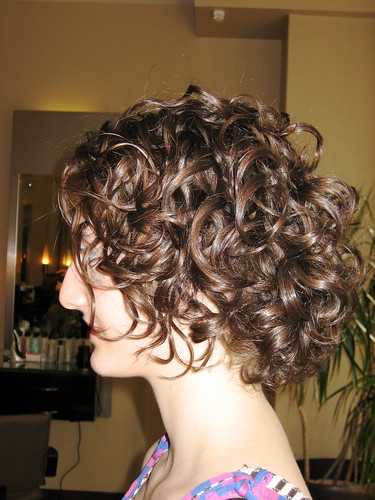 how to make curls not frizzy