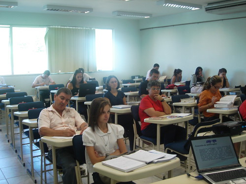 Camaf expõe aos alunos do Cesusc sua experiência em mediação e arbitragem