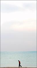 Per te. (Valentina * Scattidigioia.com *) Tags: sea people silhouette walking grande big mare alone little minimal persone sicily piccolo rg minimalistic sicilia ragusa hesse vittoria solitudine camminare softcolors pastelli minimale perte scoglitti