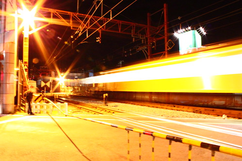 西武線 黄色電車 終端 踏切