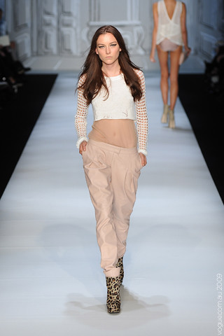 Camilla_and_Marc_Runway14