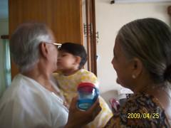 Giving thatha a kiss (S Jagadish) Tags: kiss madras 200904 thatha paati janu santhanam nandhitha burkitroad
