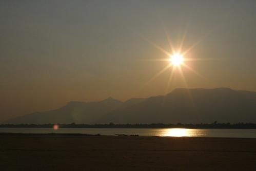 165.Don Daeng島上湄公河的日落 (11)