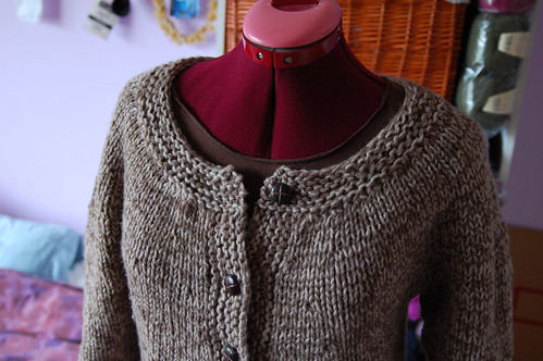 sweatercoat neckline