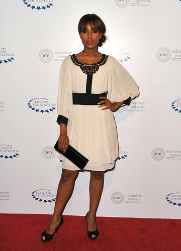 Actress Kerry Washington arrives at Clinton Foundation's Millennium Network Event at the Roosevelt Hotel on April 30, 2009 in Los Angeles, California.