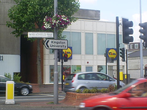 kingston-university-wheatfield-way-sign-kingston.jpg