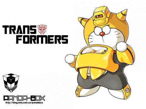 gato cósmico Doraemon Bumblebee