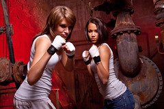 Boxing Girls (michab100) Tags: girls red portrait people woman rot pose person fight nice jung young teens boxing beauties mib boxen redbackground kampf 20062009 teanager sonyalpha300 portraitworkshopziegelei michab100