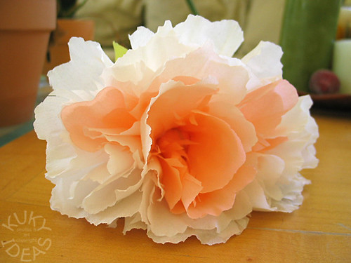 crepe paper flowers how to make. Crepe Paper Flowers