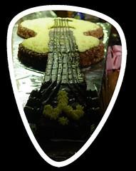 Gitarren- Torte (Tortenwahn) Tags: marzipan kuchen torte fondant gebäck süs buttercreme motivtorte tortenwahn mottotorte mottotorten