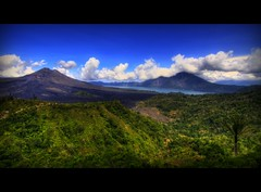 MOUNT BATUR VOLCANO ~ BALI (Wiffsmiff23) Tags: bali lake rain clouds volcano taxi awesome tropical soe humid lakebatur mountbaturvolcano