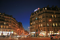 Rue La Fayette - Paris (France) (Meteorry) Tags: street sunset paris france night facade evening shoes europe lafayette boulevard magenta bank carrefour ibis bluehour jupiter crossroad soir rue nuit hsbc pharmacie thebluehour ruelafayette banque hotelibis meteorry boulevarddemagenta bddemagenta