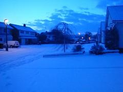 DSC01091 (edwardsgt) Tags: snow tring 2009