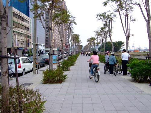 高雄市自行車道_西臨港線_96_自行車道
