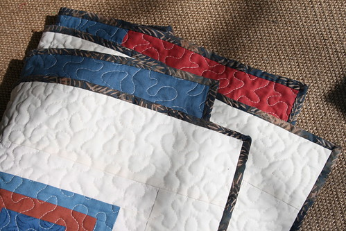Solids & Squares Quilt - binding detail