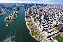 Hell's Gate (kwsnyc) Tags: city nyc newyork nikon manhattan aerial queens helicopter ues eastriver hellsgate rooseveltisland yorkville d3 uppereastside carlschurzpark graciemansion nikond3 nikonfx nikonfullframe keithsherwood kwswood kwsnyc